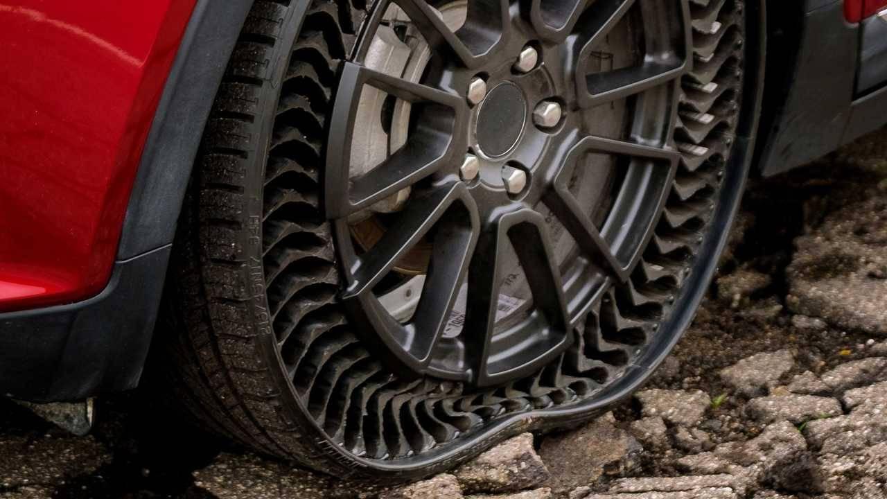 Michelin'den patlamaya dayanıklı havasız lastikler